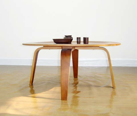 Eames_Plywood_Coffee_Table